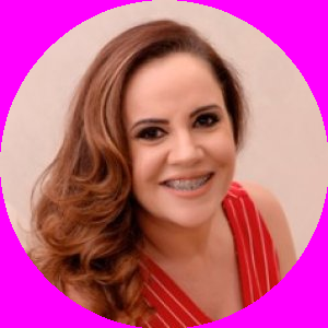 Dra. Marlucia Teixeira Castilho
