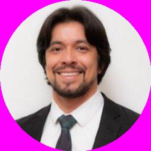 Dr. Giuliano Dos Santos A Correa