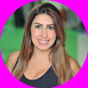 Dra. Ariane Russo Casagrande