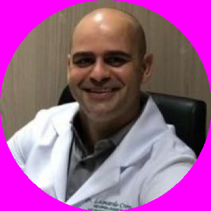 Dr. Leonardo David Crema Miranda